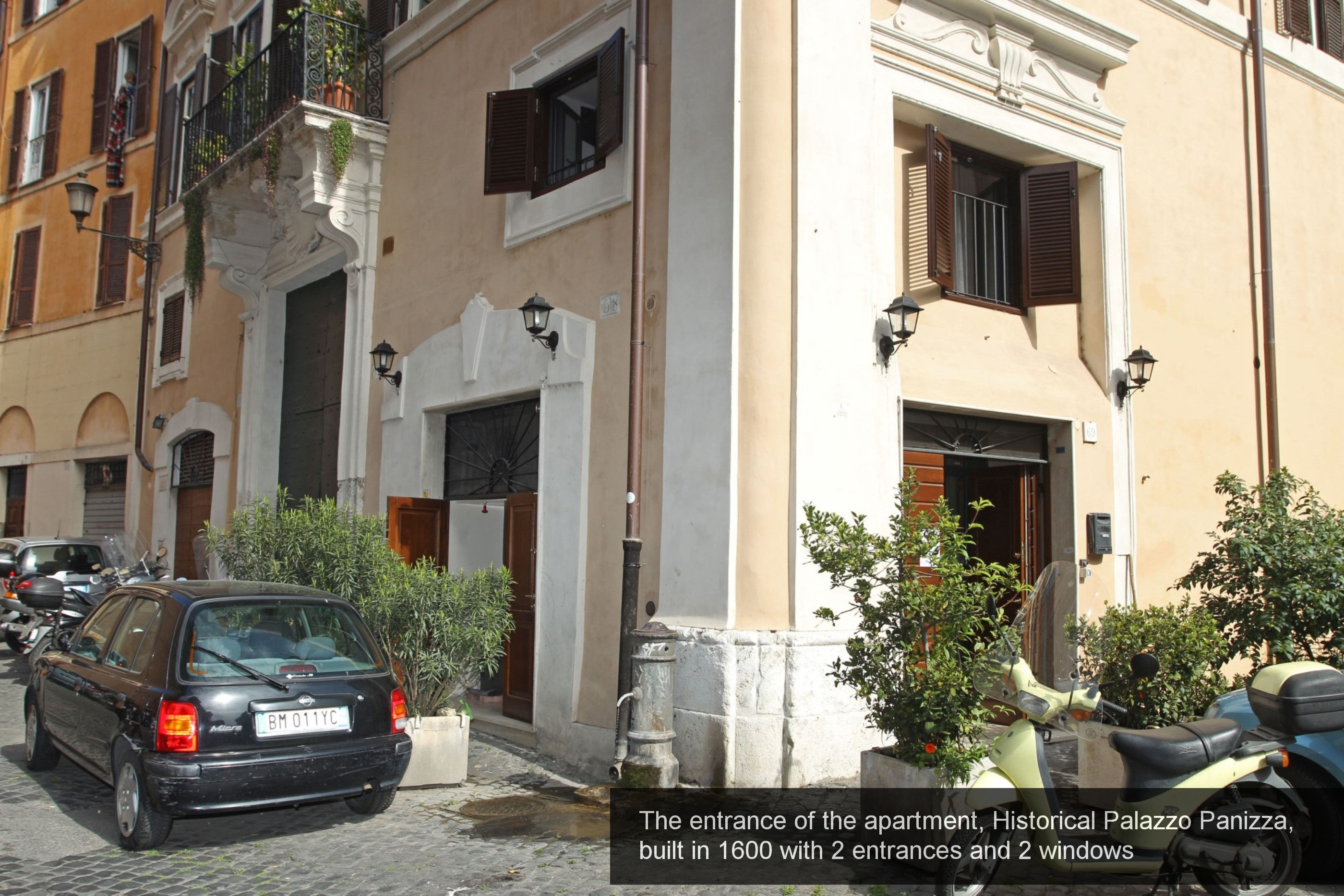 21) The entrance of the apartment, Historical Palazzo Panizza, built in ...